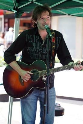 RGT Guitar tutor Gavin Crump