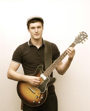 Guitar Tutor Ric Armstrong